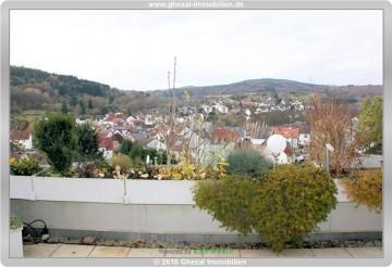 3 Zimmer Wohnung mit EBK, Garage, Schwimmbad und Sauna zu verkaufen in Ehlhalten 65817 Eppstein, Terrassenwohnung