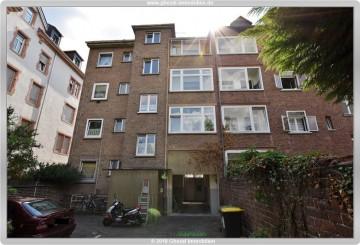 Solide Kapitalanlage mit enormen Steigerungspotential!!!, 65929 Frankfurt, Mehrfamilienhaus